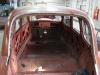 Maar dan is het zover: ook de achterkant van de Citroen is voorzien van nieuwe dakgoten!